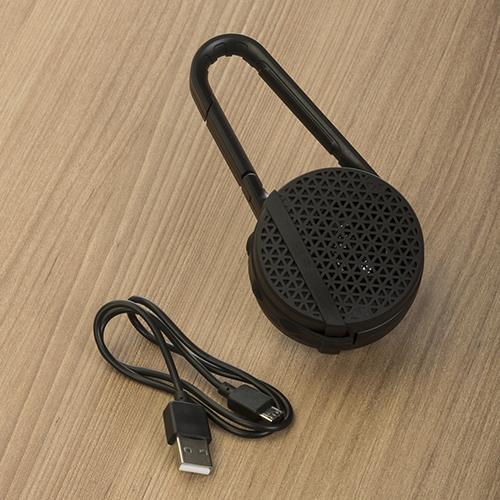Caixa-de-som-Bluetooth-com-mosquetao-PRETO-3573d3-1479565701